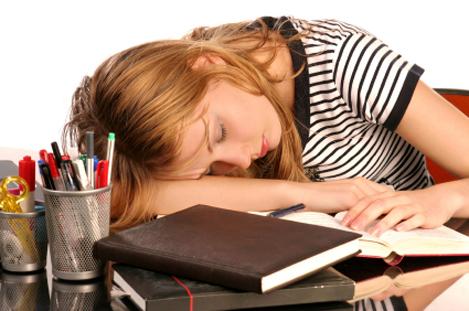 Dormir adolescent dormant caché